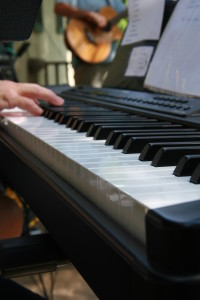 10 Reasons to Learn to Play the Piano